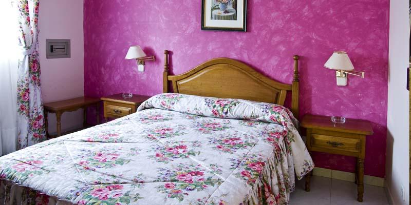 las habitaciones hotel economico en cantabria 5
